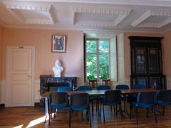 Montgivray, Indre: le château ayant appartenu à Hippolyte Chatiron, puis Solange Dudevant-Sand-Clésinger (maintenant Hôtel de ville). La salle des conseils