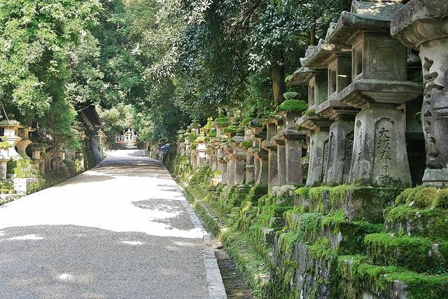 2007-07-17 Japan, Nara, Kasuga, Canon EOS DIGITAL REBEL XTI, Canon EF 28-105mm f/3.5-4.5 USM