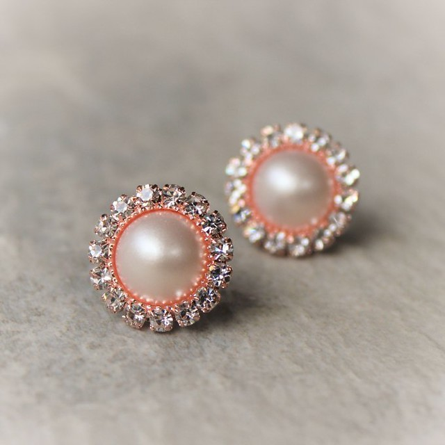 Rose Gold Earrings, Rose Gold Pearl Earrings, Rose Gold Wedding Jewelry, Bridesmaid Jewelry Gift, Bridesmaid Earring Gift https://t.co/rgk9I92trM #bridesmaid #earrings #jewelry #weddings #gifts https://t.co/M9MtnxCDsw