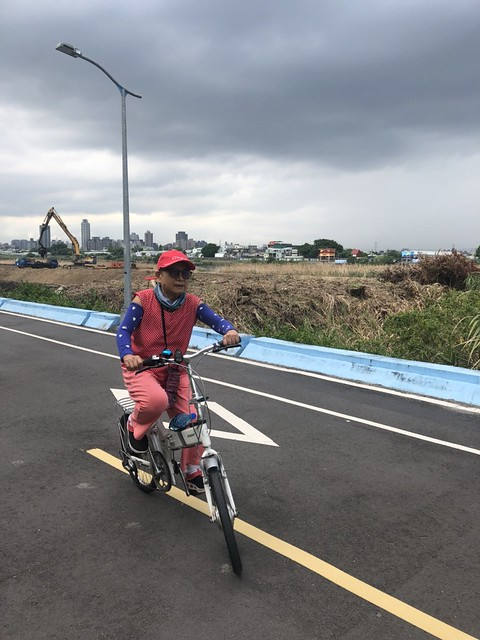 延平北路五段,關渡騎自行車 (10)