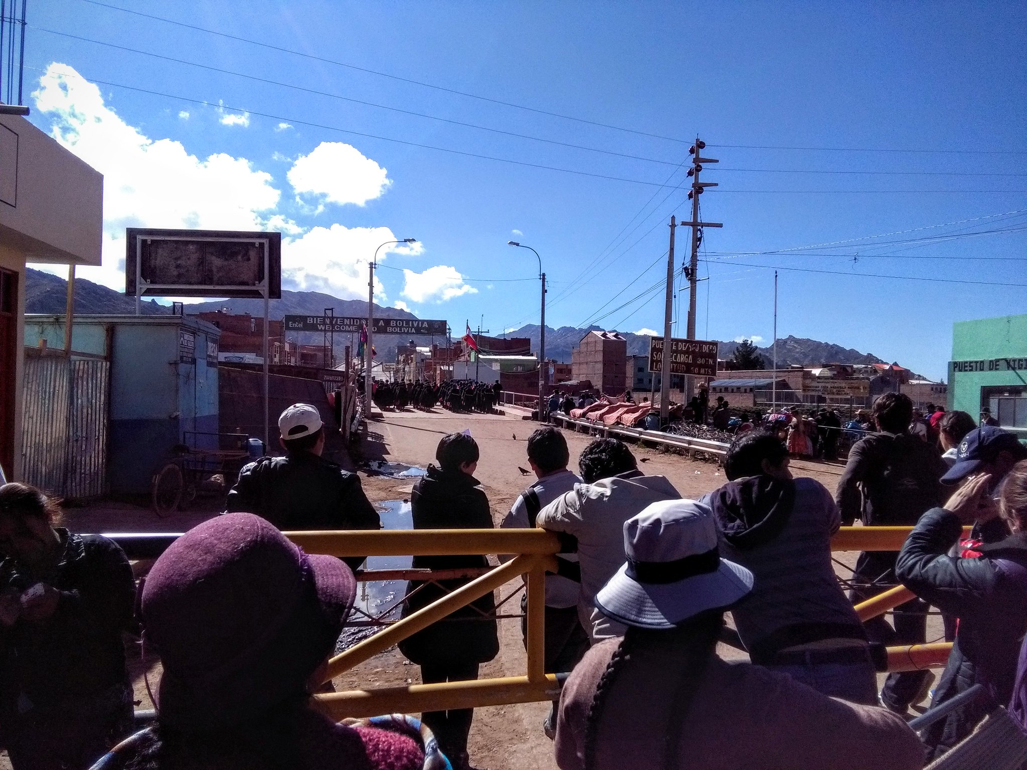The bridge at the Bolivian border crossing