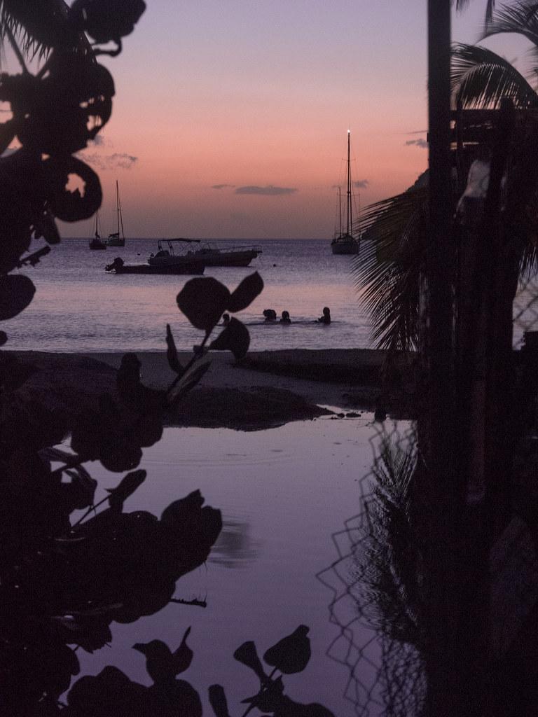 Le soir tombe sur le petit canal 43702015094_54f400bdb0_b