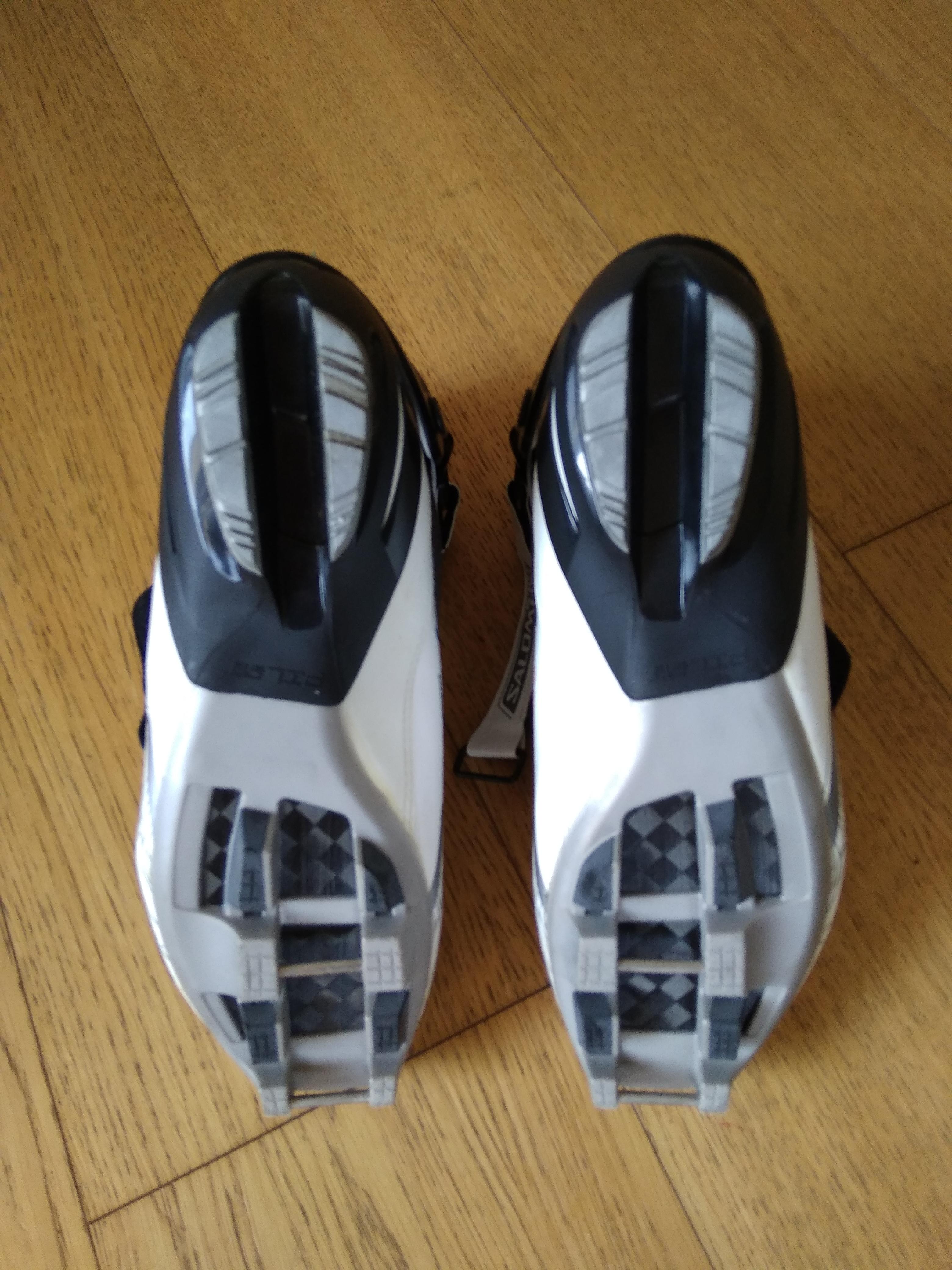 Dámské boty Vitane Carbon Skate - Bazar - Běžky.net 6c1ff9697d