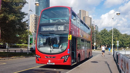 Tower Transit VN36144 - Route D8