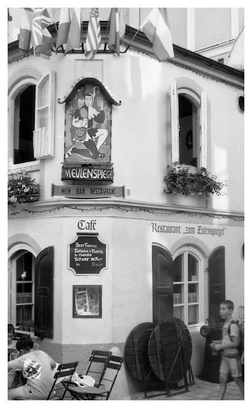 corner cafe salzburg