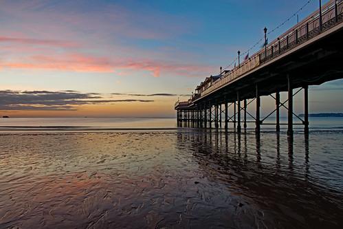 paigntonpier beach sand englishriviera torbay nikon d3300 sea seascape landscape tripod travis3leggedthing sunrise sky cloud