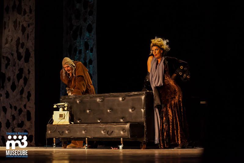 Mata_Hari_teatr_Luny_018