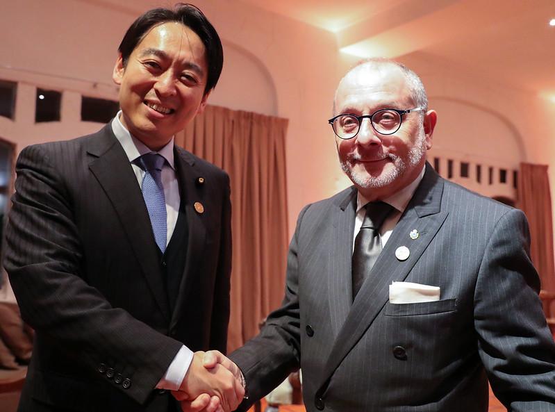 Daisaku Hiraki, viceministro parlamentario de Economía, Comercio e Industria de Japón; y Jorge Faurie, ministro de Relaciones Exteriores de la Argentina