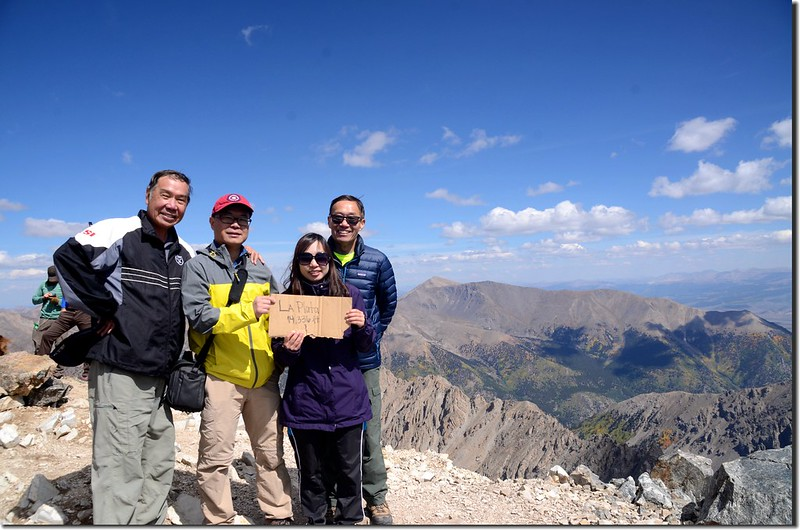 We are on the summit of La Plata Peak (2)