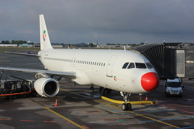 Airbus A320, Canon EOS REBEL T2I, Canon EF-S 18-55mm f/3.5-5.6 IS II