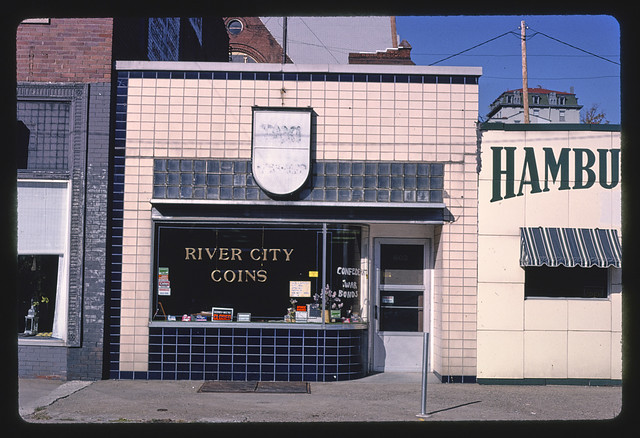 River City Coins, Jefferson Street, Burlington, Iowa (LOC)