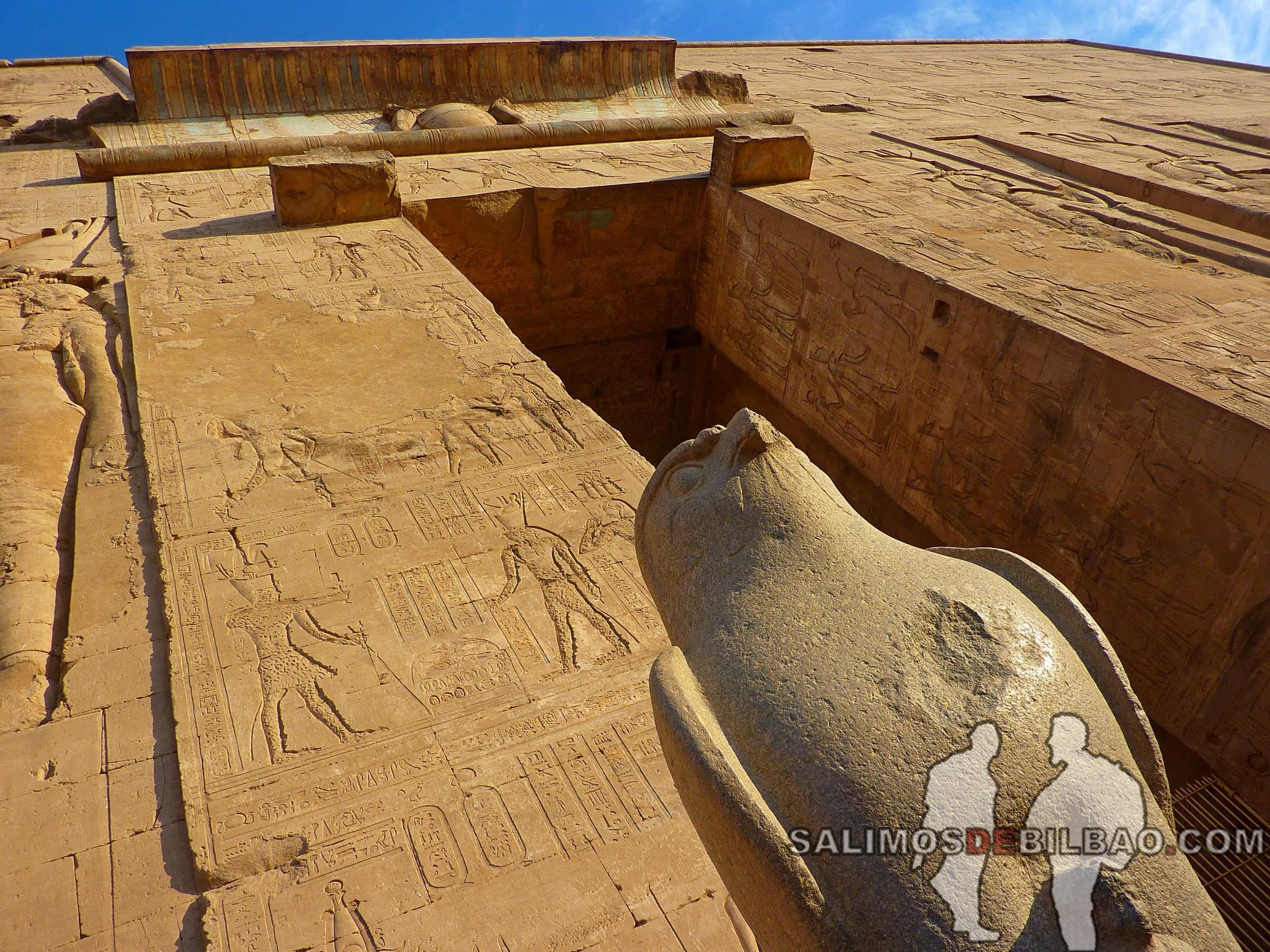 0667. Templo de Edfú