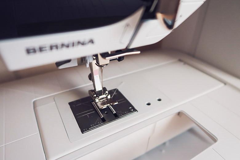 review Bernina B380 обзор швейной машины 1