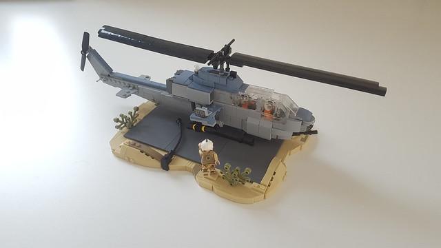 Lego AH-1W Super Cobra