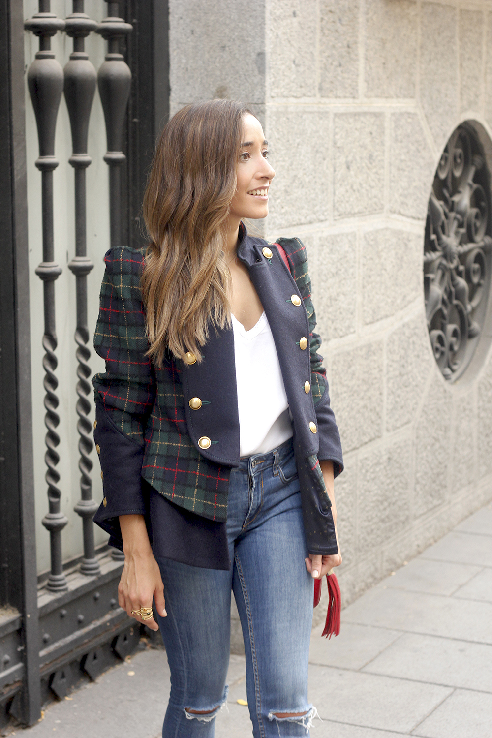 CHECKED BLAZER highly preppy gucci bag ripped jeans street style 2018 outfit08
