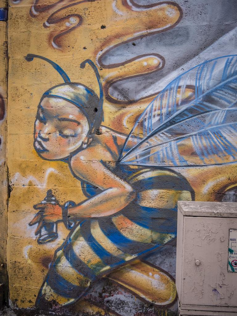 La maison des abeilles : Gentilly 43046737750_b58897fe3a_b