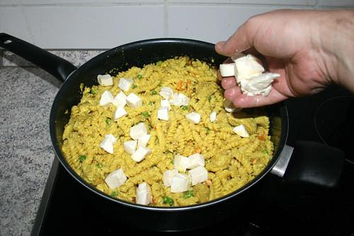 48 - Mozzarella zu Nudeln hinzufügen / Add mozzarella to pasta