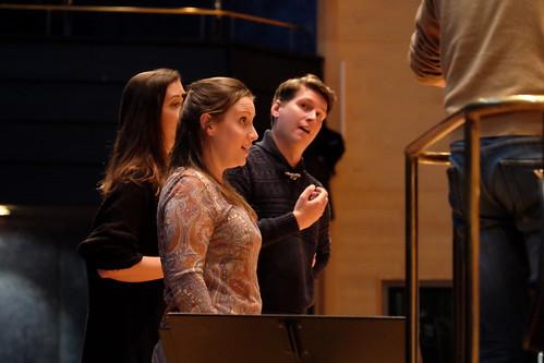 Kajsa Lindberg, sopran, Frida Bergquist, mezzosopran, och Philip Björkqvist, basbaryton