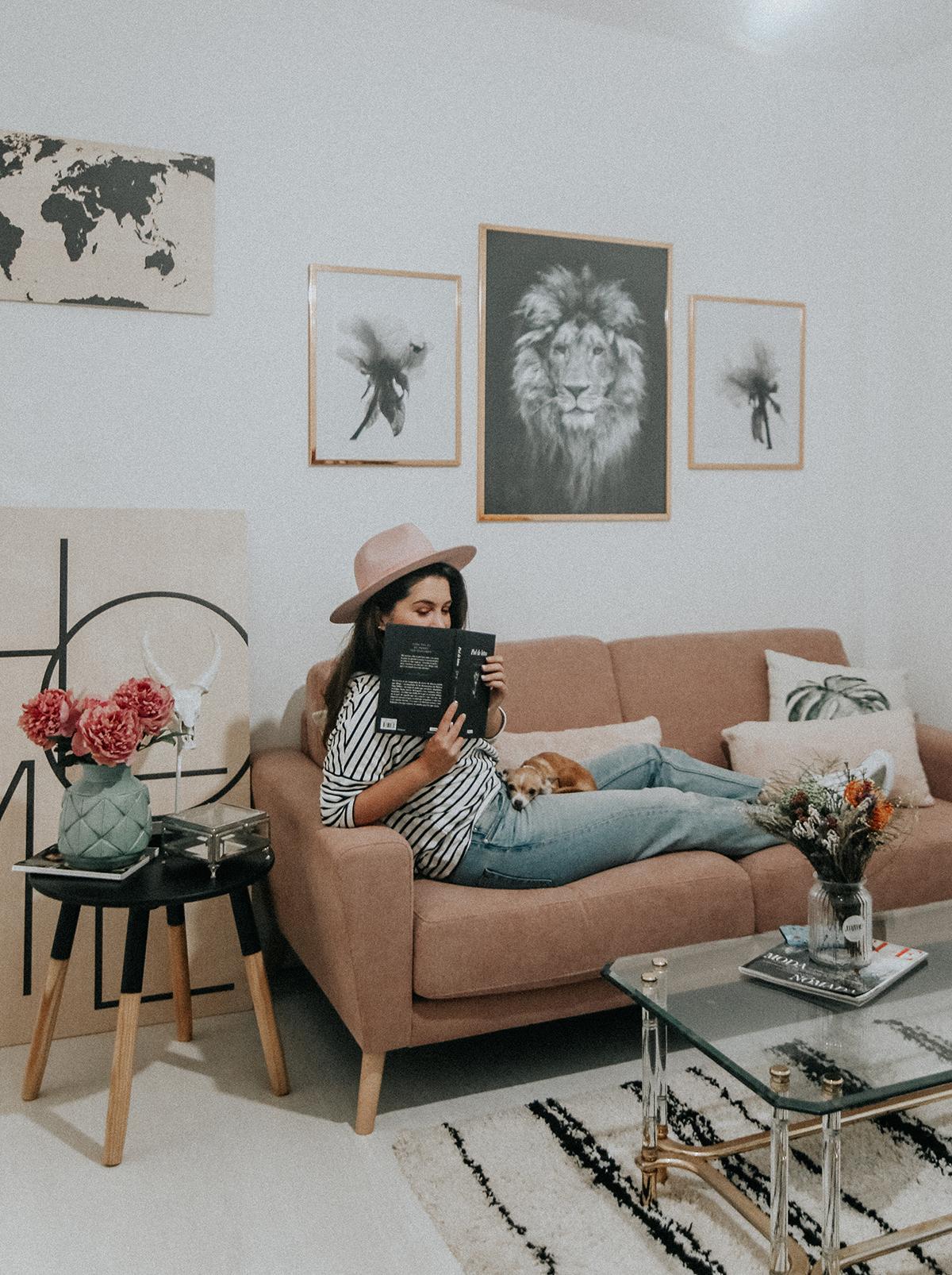 decora-salon-posterlounge-sofa-rosa-myblueberrynightsblog11