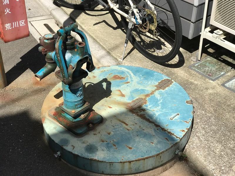 荒川二丁目の井戸ポンプ