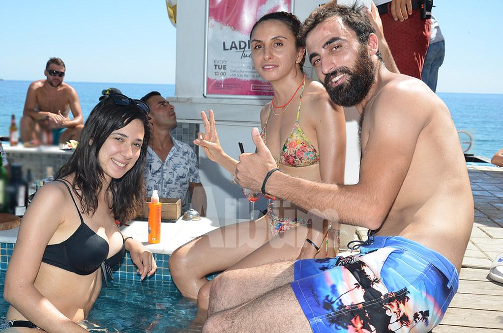 Goya-Beach-03