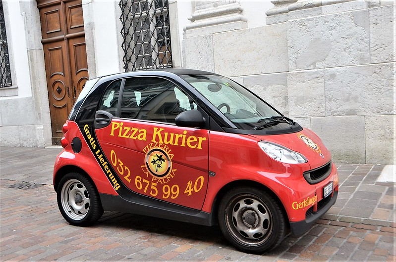 Pizza Courier Car 02.08.2018