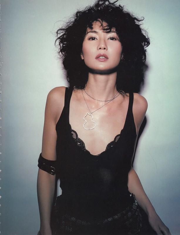 女性の多くは成熟した女性に憧れる maggie-cheung_cosmopolitan-china-2004-10 (6)