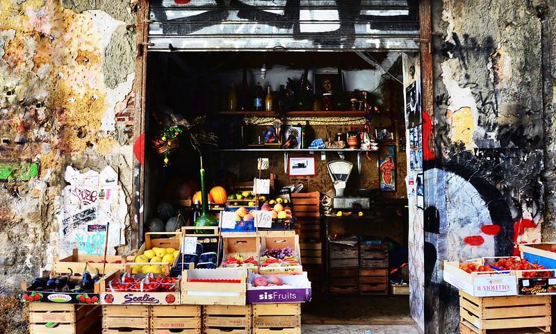 Mercato storico di Ballarò, Palermo.