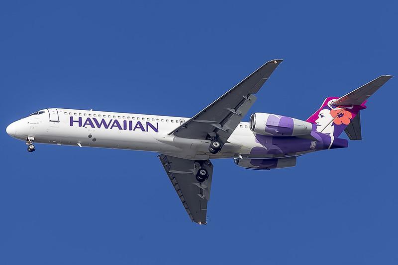 """Hawaiian Airlines Boeing 717-22A """"Pueo"""" N480HA"""