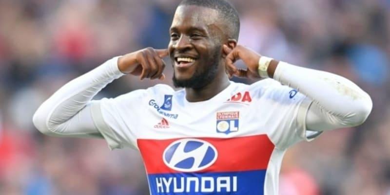 Ndombele menandatangani kontrak baru Lyon
