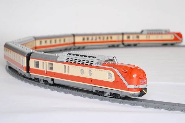 LEGO train Europ Express (TEE)