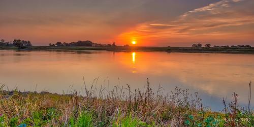 Sonnenaufgang an der Elbe bei Arneburg