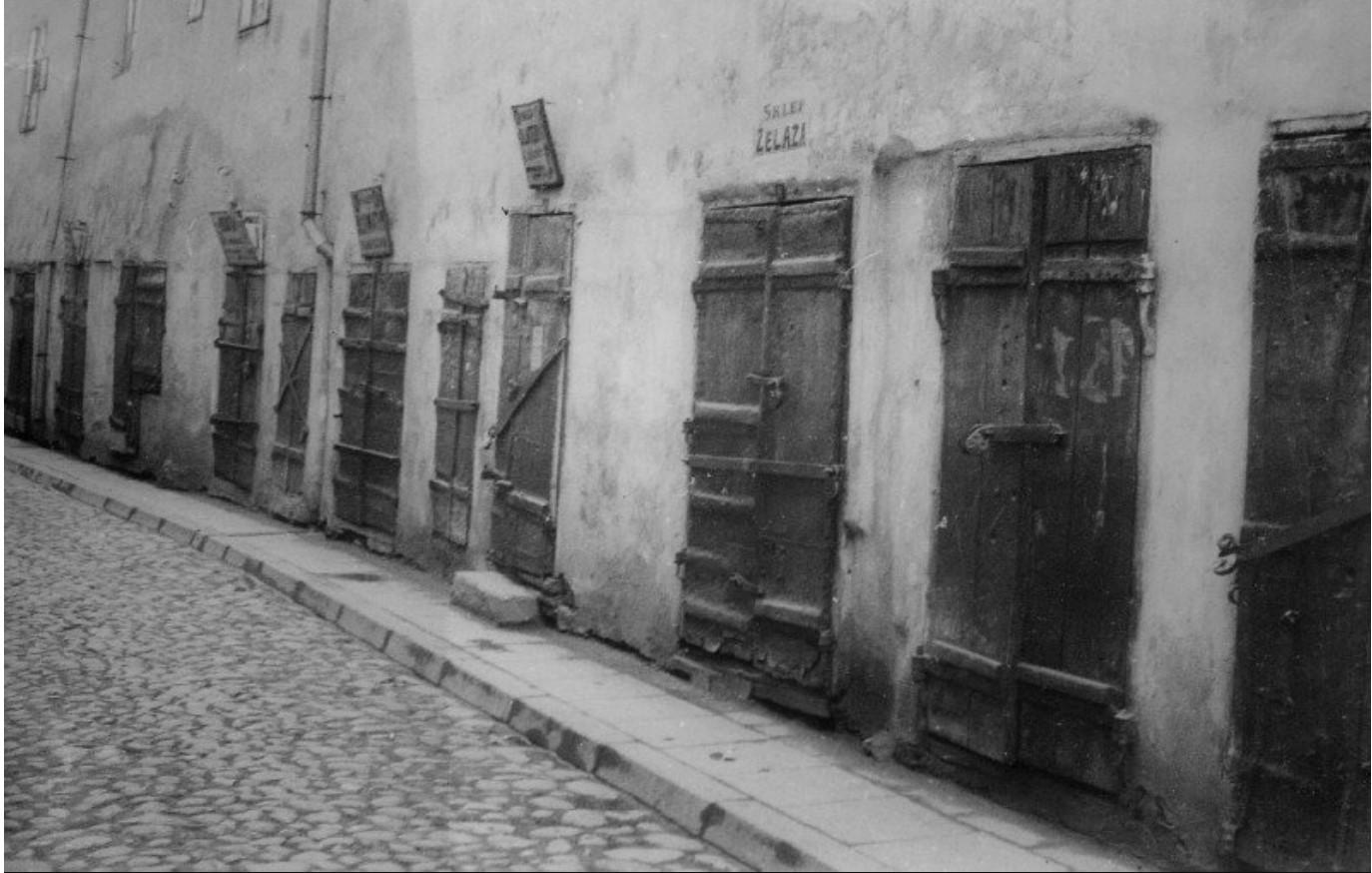 1925 - 1930. Еврейская улица в шабат