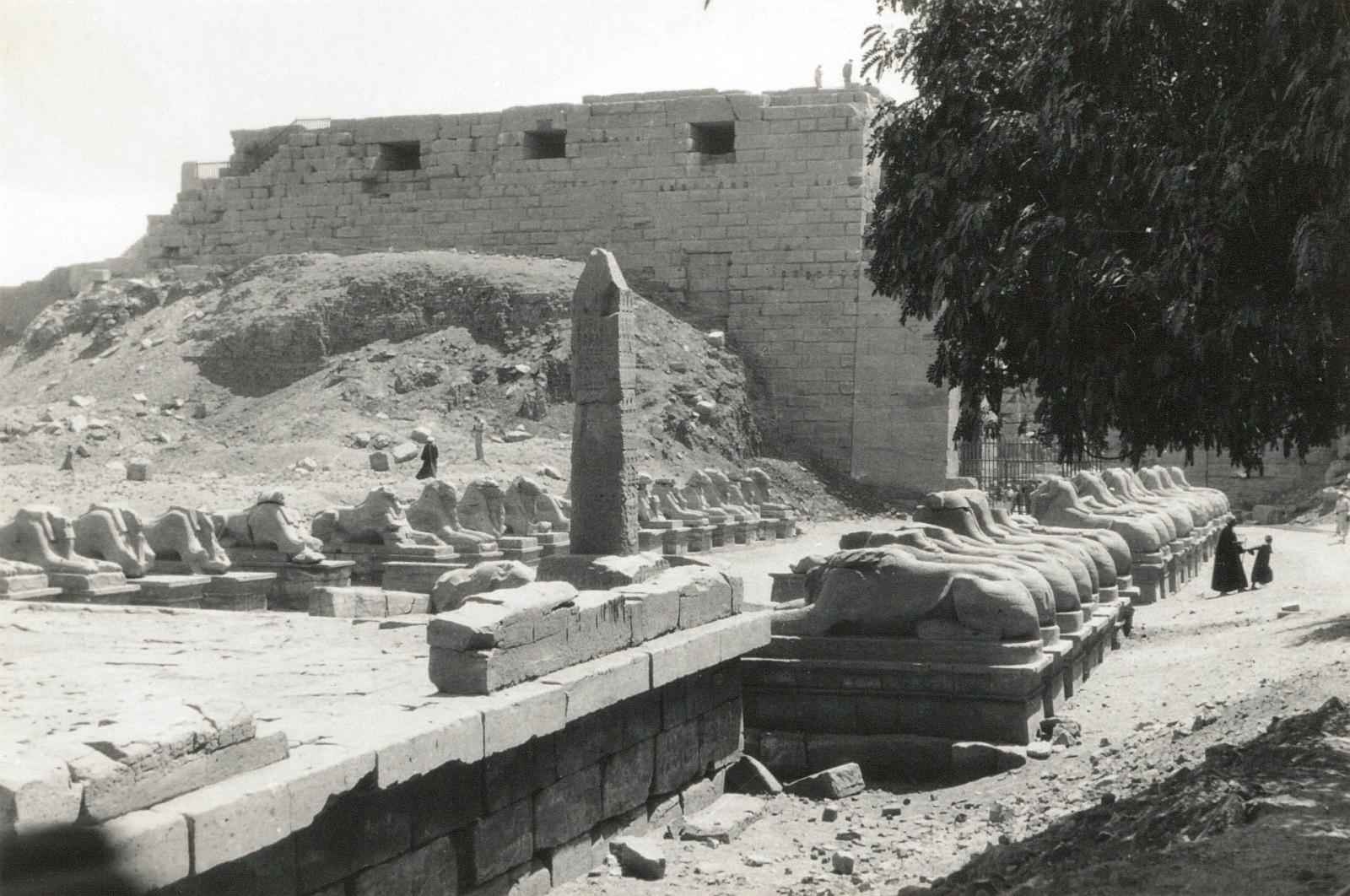 Карнак. Храм Амона. Аллея сфинксов
