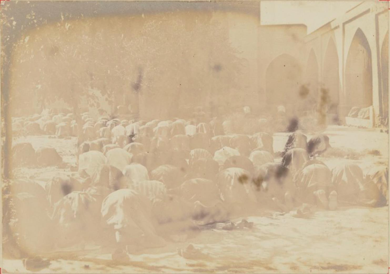 08. Сарты на молитве в Ташкенте