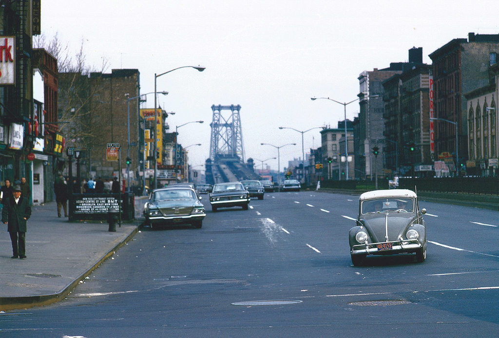 Everyday Life of New York City in the 1960s (12)