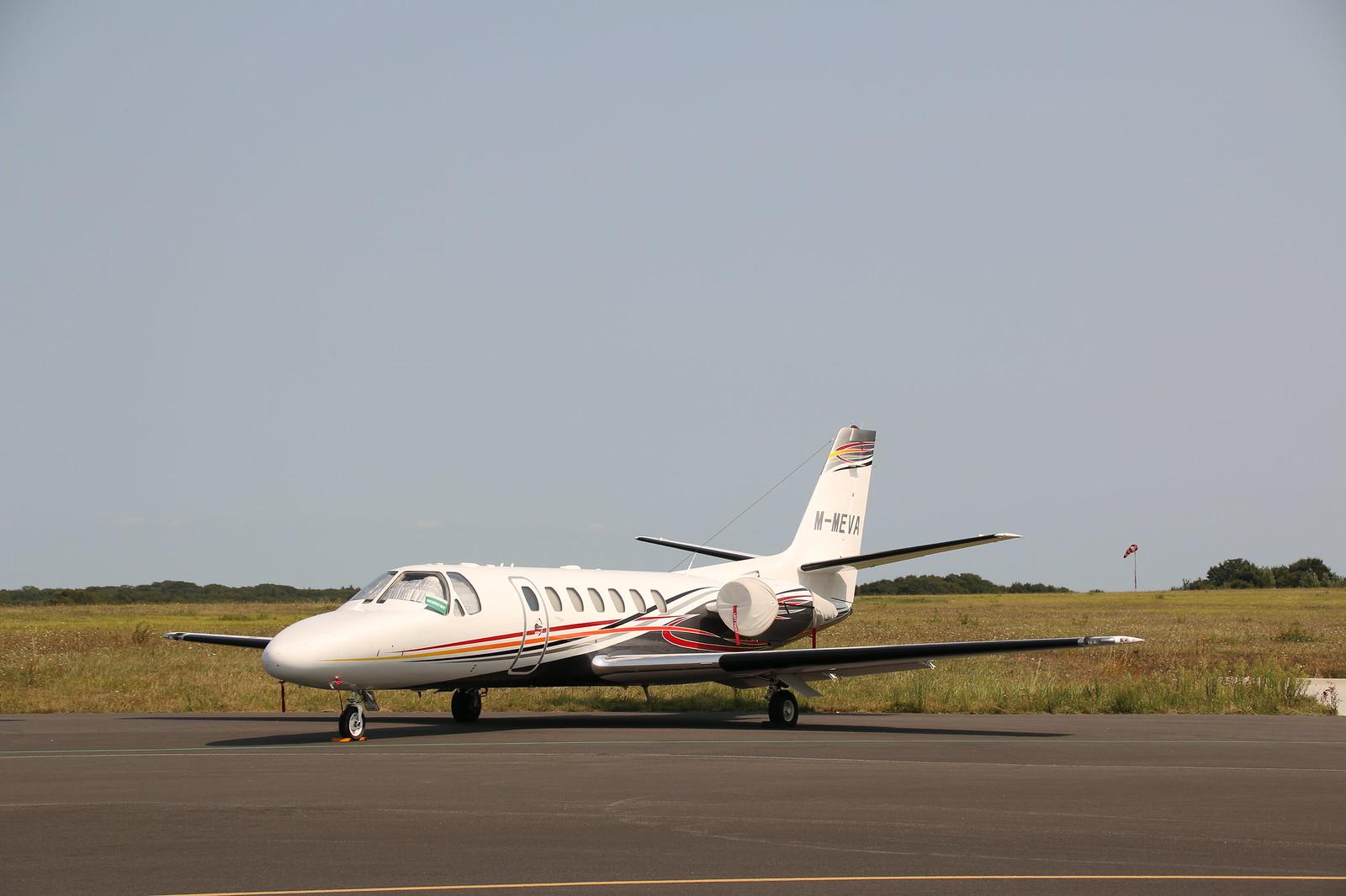 Aérodrome de La Baule Escoublac - Page 4 44069091302_4434c1388d_h