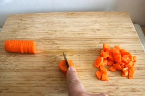15 - Möhre weiter zerkleinern / Mince carrots more