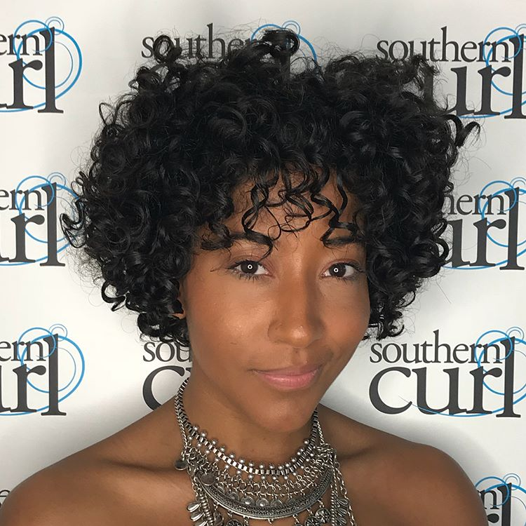 Best Haircuts For Curly Hair 2019 That Stand Out 18
