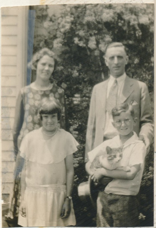 1927 or so - Otho and Gertrude Huff with Arlene and Stanley with cat