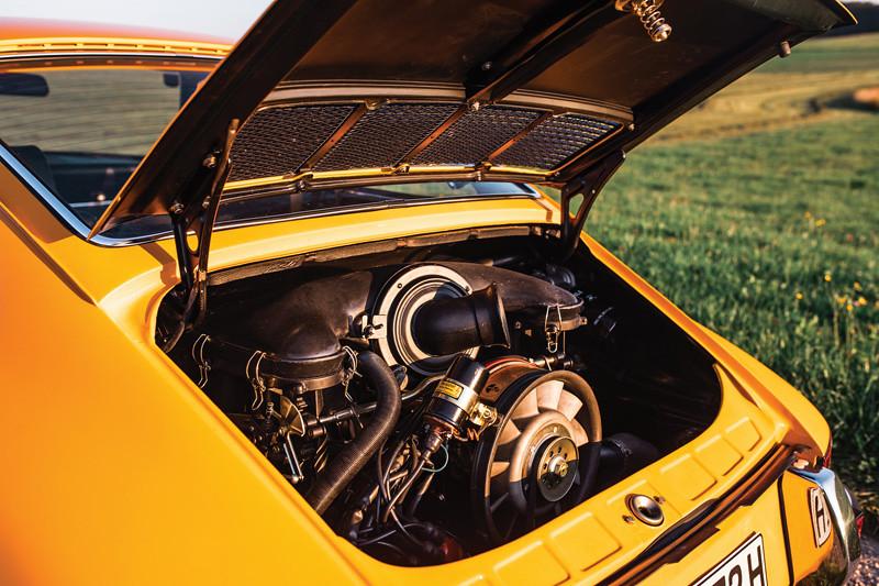 3a240cb6-1973-porsche-911-carrera-rs-2-7-prototype_3