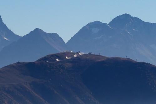 Tests des enneigeurs sur le Signal à l'Alpe d'Huez