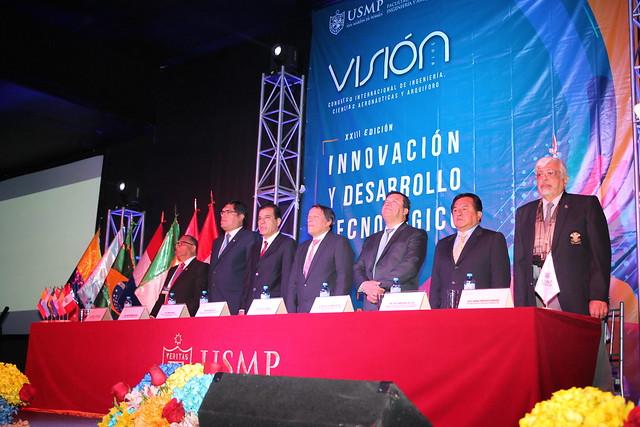 """Facultad de Ingeniería y Arquitectura desarrolló XXIII Visión 2018 denominado """"Innovación y Desarrollo Tecnológico"""""""