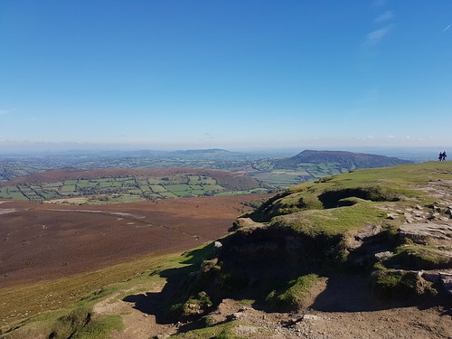 View of Skyrrid Fawr from the Sugarloaf. (threejumps)