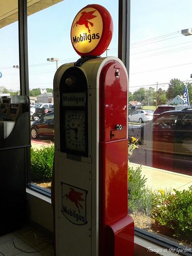 1-Vintage Gas Pump