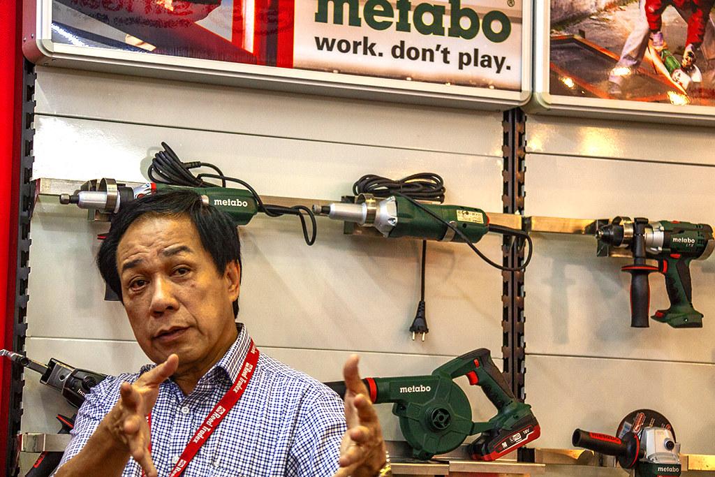 Trade fair--Saigon 15