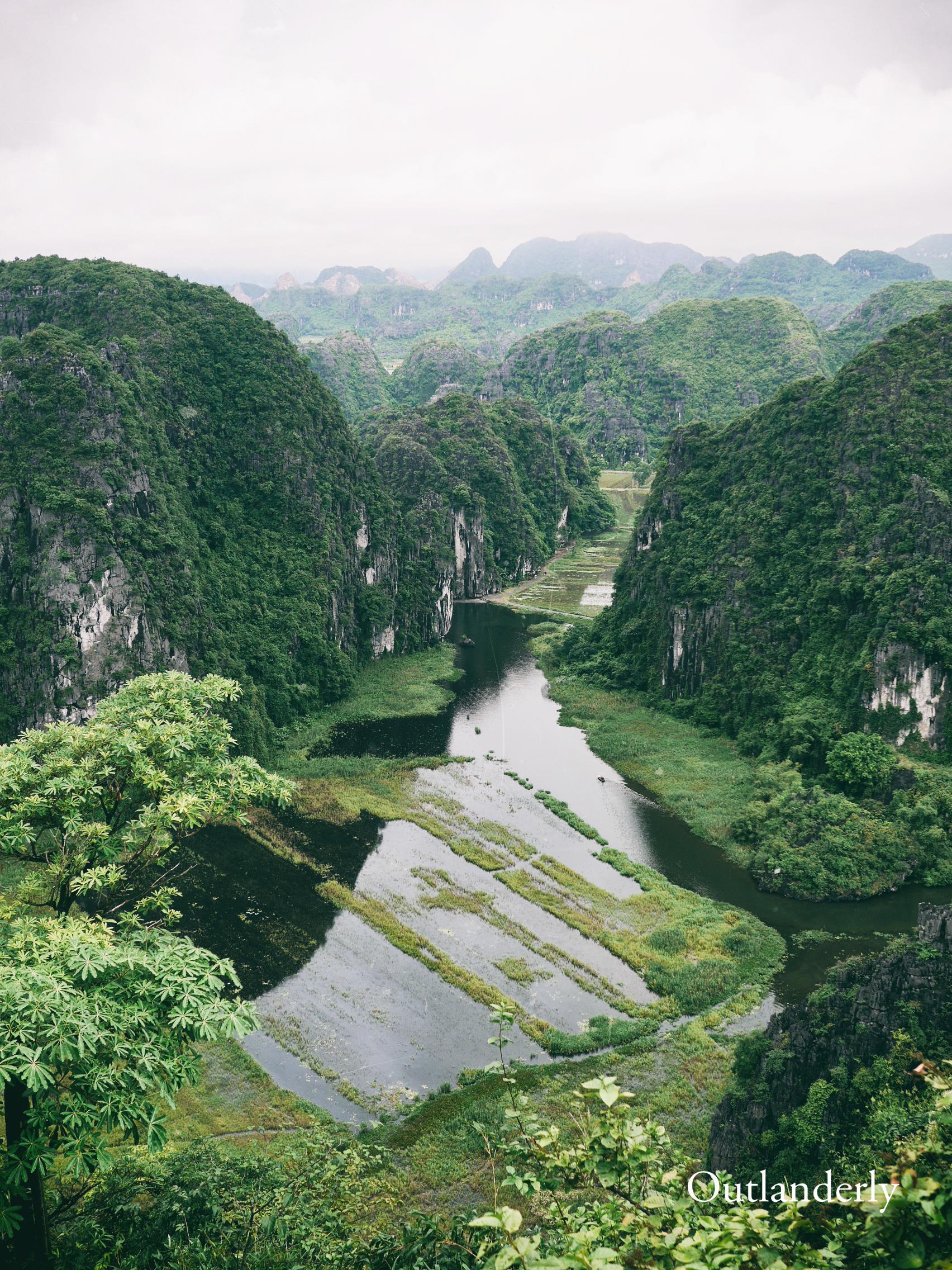 Ninh Binh, Vietnam, Outlanderly, Travel blogger