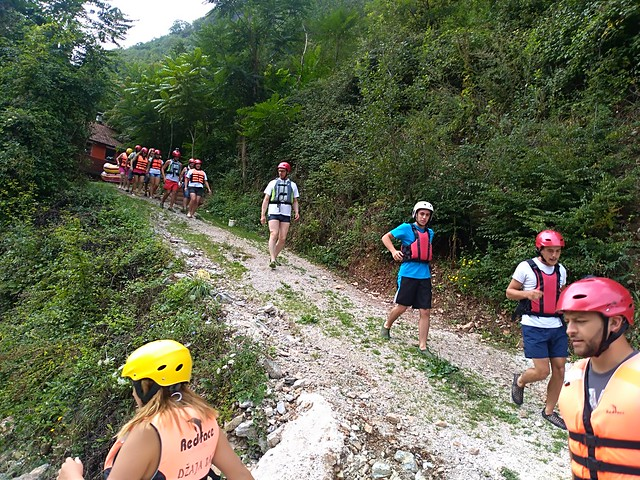 Feel Neretva rafting trip