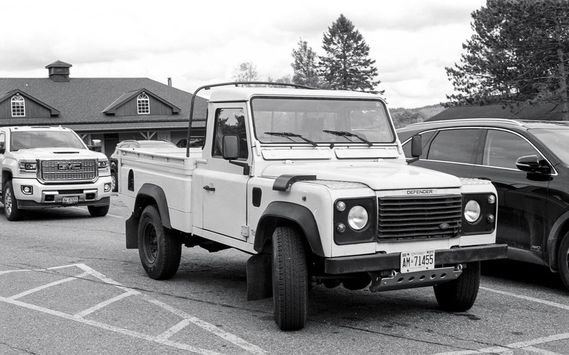 Land Rover Defender Pick Up_