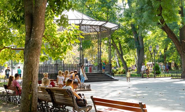 Le parc citadin, Sony SLT-A77V, Sony DT 18-135mm F3.5-5.6 SAM (SAL18135)